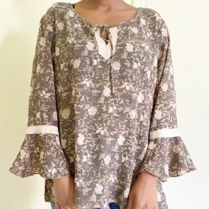 Floral Textured Bell Sleeve Tie Neck Blouse, M